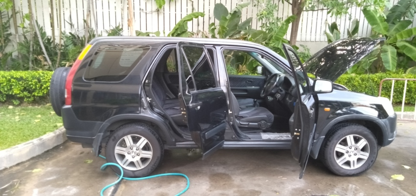 honda crv only 80000 km done..... for sale
