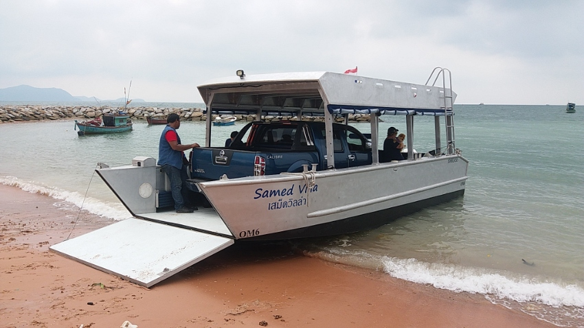 8.5 metre Aluminium Catamaran/ Landing Craft For Sale - 2016 Model