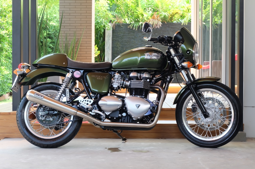 Triumph Thruxton 900 2015 very special price!! With FULL ARROW pipe!