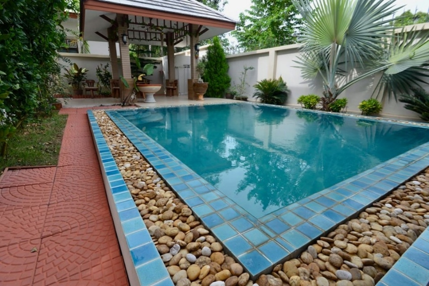 Beautiful fully furnished two-storey house For Sale!!