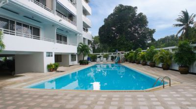 Foreign owned 180sqm 3 bed condo in Najomtien reduced in price to 3M.