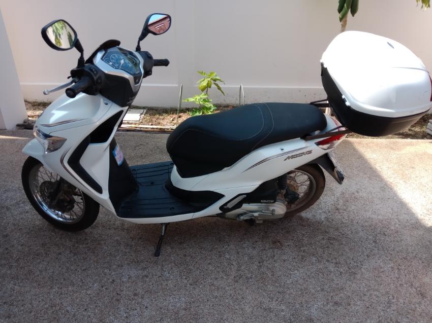 Selling 3 year old, Honda Moove, HuaHin