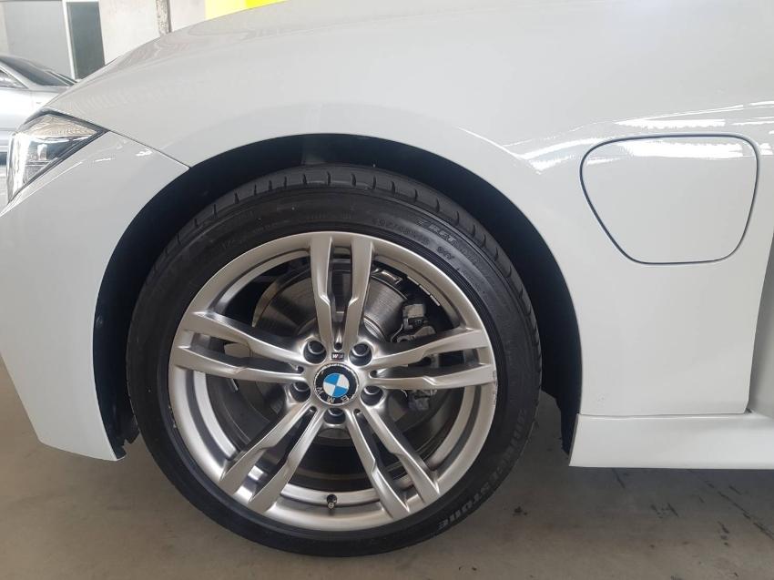 BMW 330E M Sport  2018