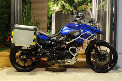 BMW F700GS 2016 with BMW side panniers + loads of other accessories!