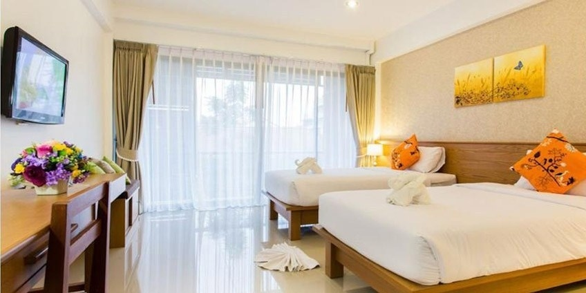 Boutique Hotel with Swimming Pool at Good Location