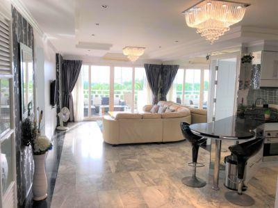 Royal Hill Resort  3 Large King Bedroom Condo, Resort, Pattaya.
