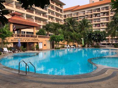 BARGAIN Royal Hill Resort  3 Large King Bedroom , Condo, Pattaya.