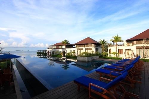 The Oriental Beach Condominium, Rayong FOR SALE!!!