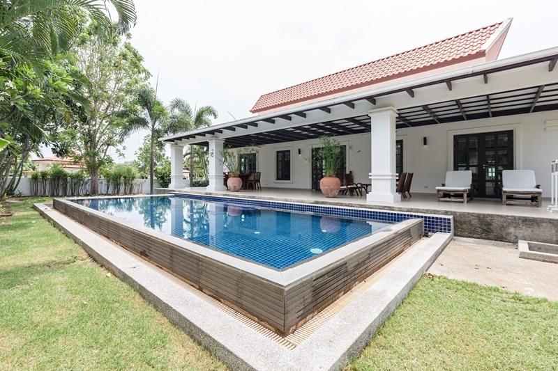Banyan Resort 3 BR 2 Bath Pool Villa