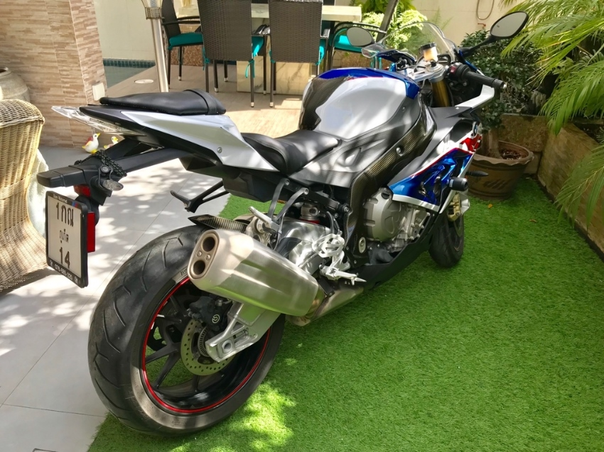 BMW 2017 S1000RR Only 4,900 K. As NEW Condition