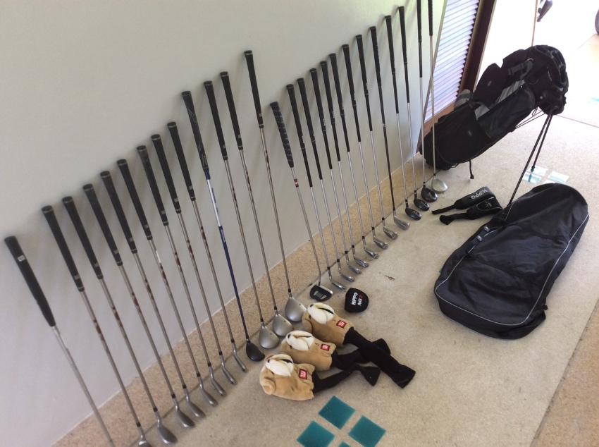Golf clubs set x1 men's, x1 women's