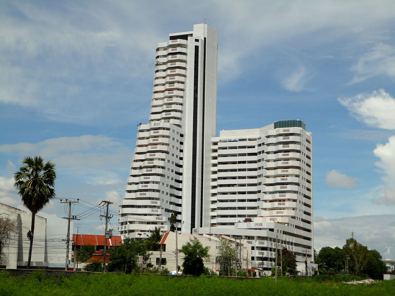Studio for sale @ Jomtien Beach Paradise condominium