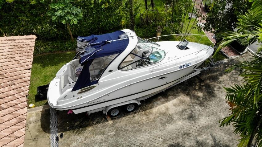 Boat Rinker 290 2015 year | Change for Real Estate