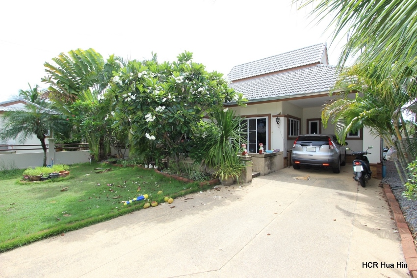 2 Bedroom 2 bathroom house for rent on the Emerald