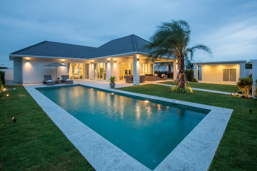A pool villas in the most exclusive resort of Hua Hin!