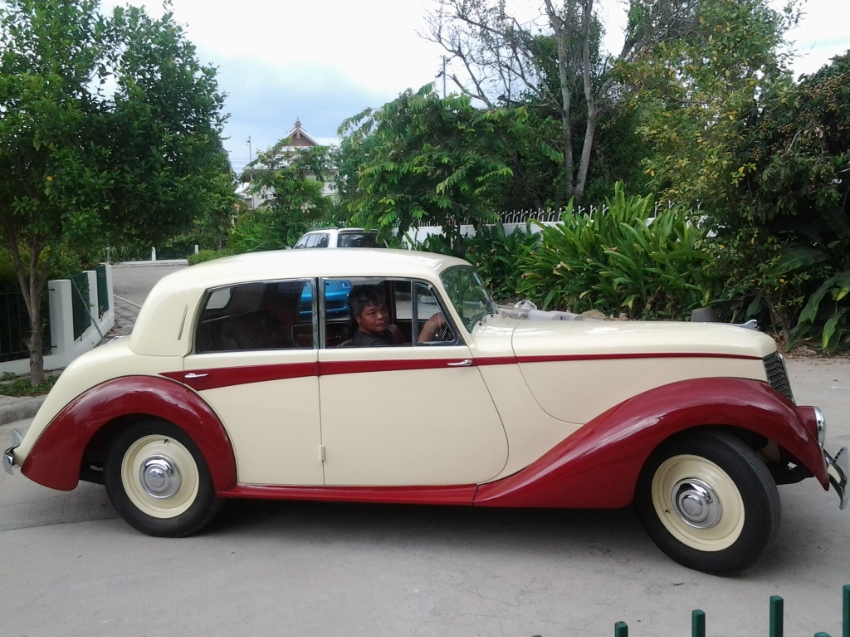 1951 Armstrong Siddeley 18 Whitley Preselector for sale. 580,000 Baht.