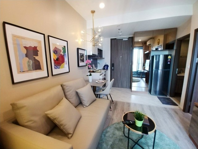 Condo for rent + Ideo Mobi + Asoke + Near + MRT Phetchaburi