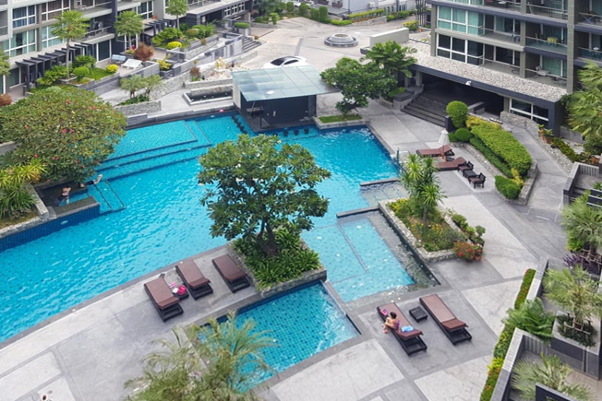 Apus Three Bedroom Luxury Condo For Sale