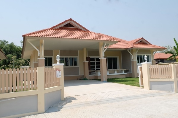 Stunning fully furnished newer house in Sansai, Chiang Mai.