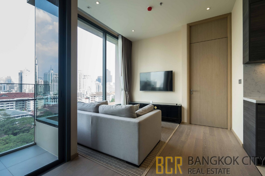The Esse Ultra Luxury Condo Brand New 2 Bedroom Unit for Rent - HOT