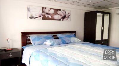 condo 1 bedroom with balcony on pool beach side