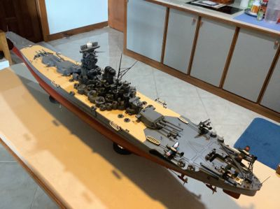 130 cm model of Japanese battleship Yamato with custom display case.