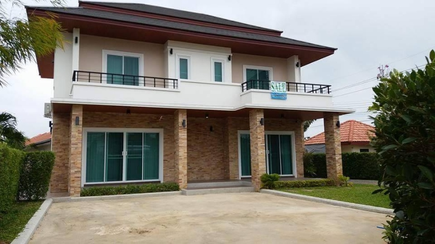 Brand new 2 story house for sale in Cha-Am.