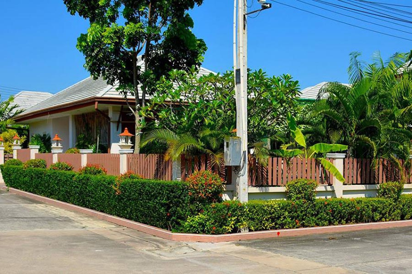 Baan Dusit Pool Villa For Sale