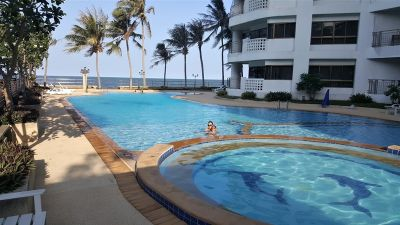 Fully Furnished 2 BR 1 Bath Beachfront Seaview Condo