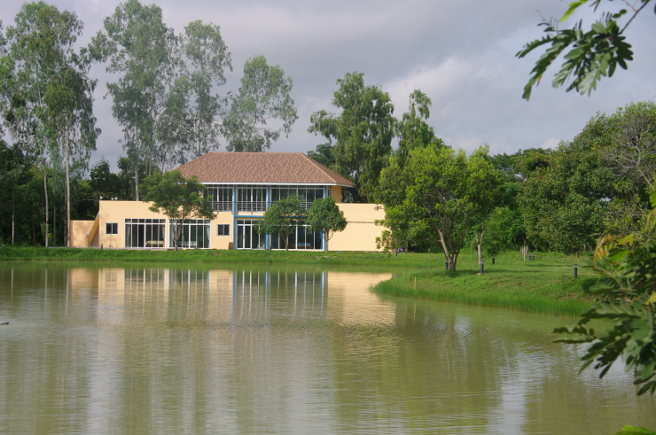 Southlake Villa