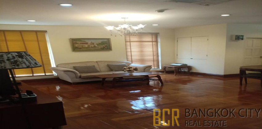Chez Moi Serviced Condo Very Spacious 2 Bedroom Unit for Rent