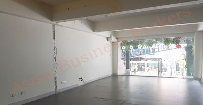 0149040 120m2 Retail Space for Rent Prime Thong Lor Location
