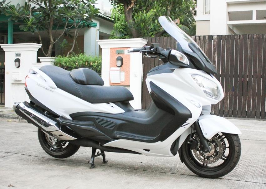 [ For Sale ] Suzuki Burgman 650 2018 only 1900km excellent condition
