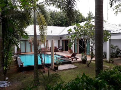 A 3 bed pool villa for sale or rent.