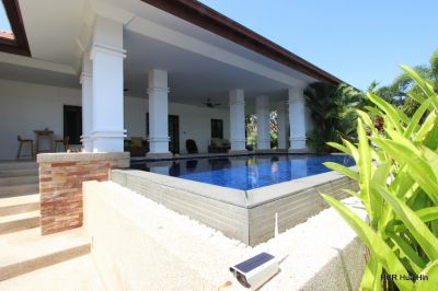Well designed beautiful large 2 bed pool villa on Banyan+Gift