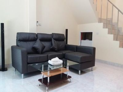 Premium Large End/Terrace Town House: Cha Am: Enjoy Good Resort Living