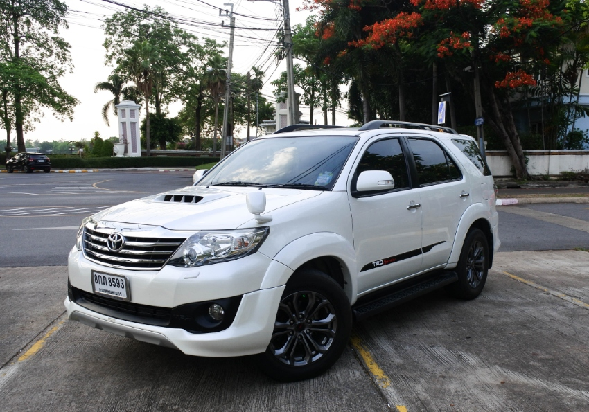 2013 TOYOTA – FORTUNER – 3.0 [V] AT 4WD TRD Sportivo