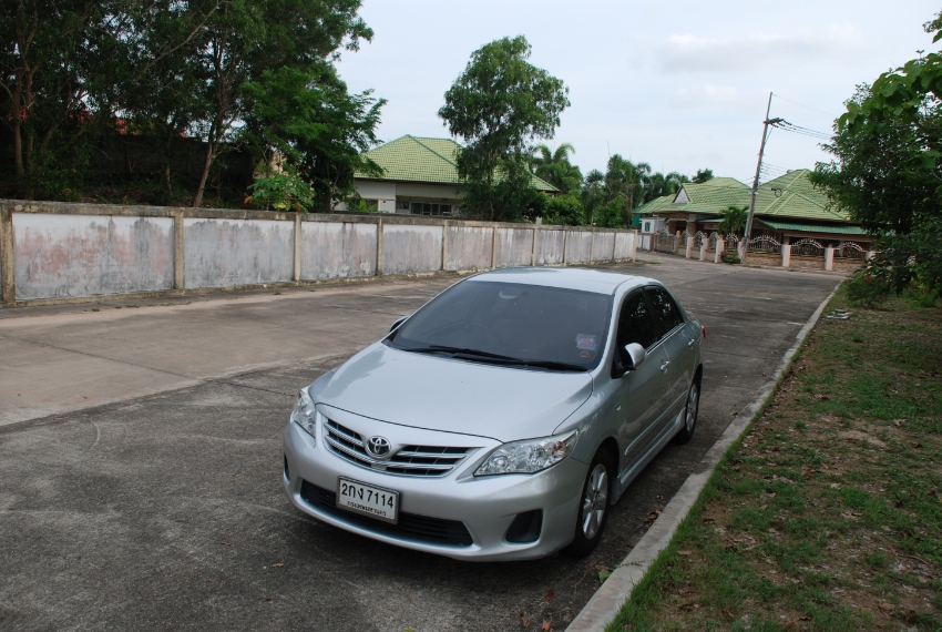 Sell Altis corolla 1.6 G 2013
