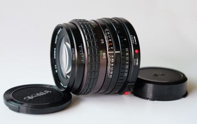Used Mint - SIGMA SUPER-WIDE II 24mm f2.8 MF MACRO LENS for Canon FD