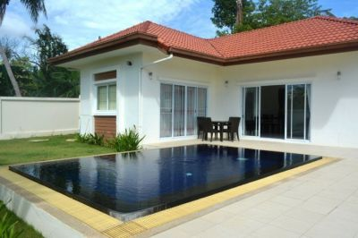 1 bedroom pool villa for sale in Choeng Mon. 400 meters to the beach.