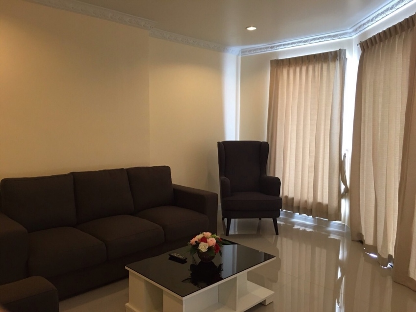 Very luxurious condominium with 300 sqm terrace.