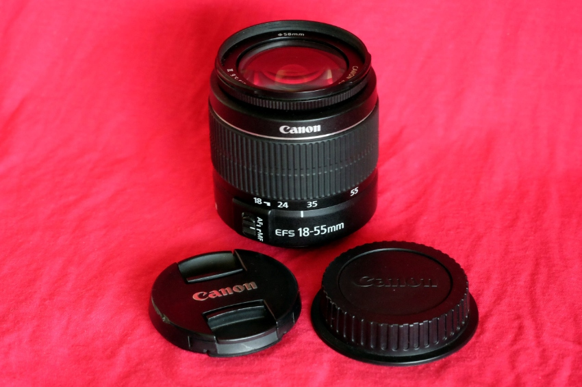 Canon EF-S 18-55mm III (Mark 3) Macro Lens