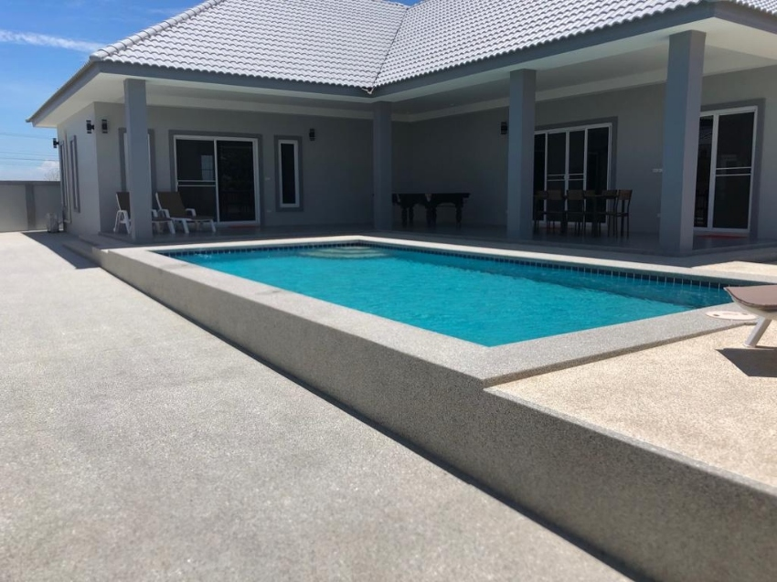 Pool Villa for sale in Cha-am