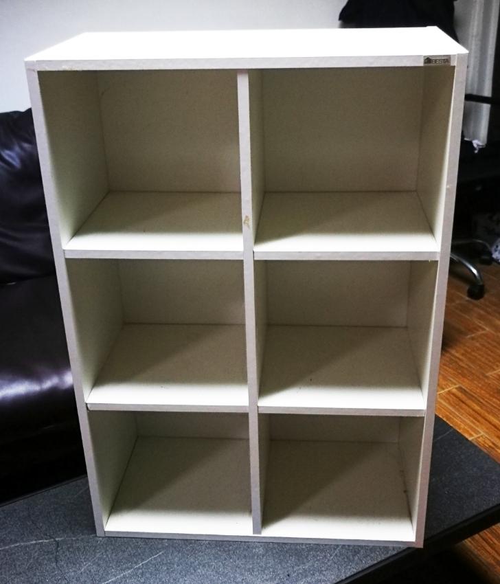 Furniture - storage cabinet