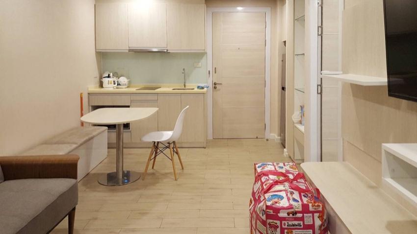 1 bedroom with pool view @ Seven Seas jomtien Resort
