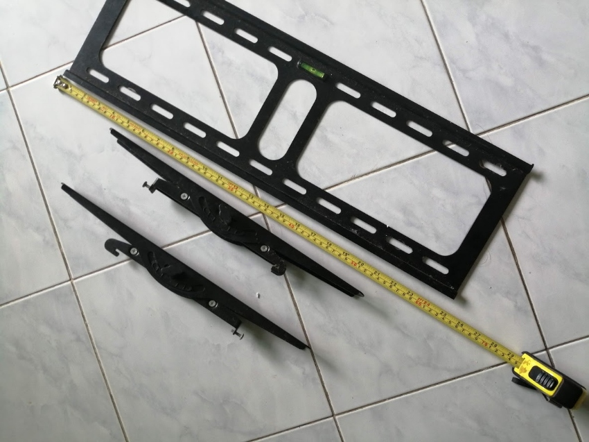 Wallmount for large TV up to 48 inch