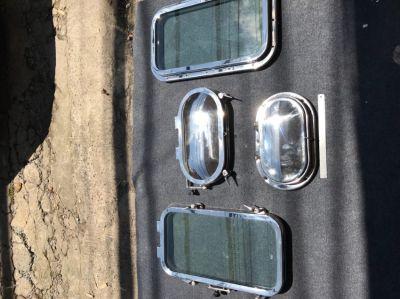 Marine portholes and hatches
