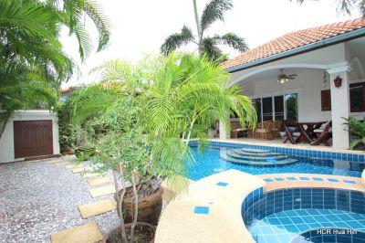 Lovely 3 bedroom pool villa