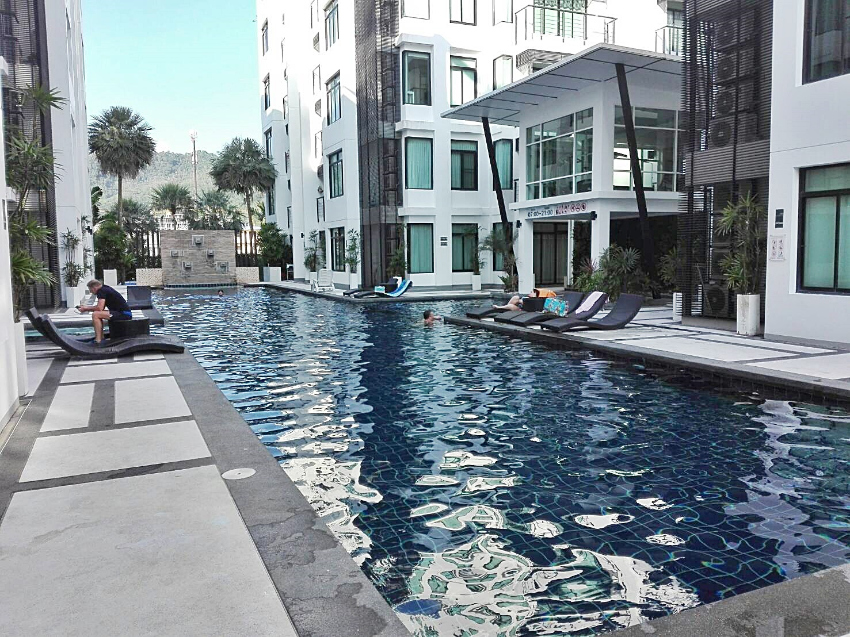 Spacious Condo in Kamala for Rent