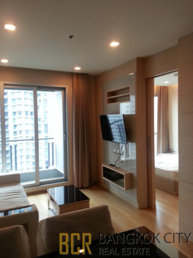 The Address Asoke Luxury Condo High Floor 1 Bedroom Unit for Rent